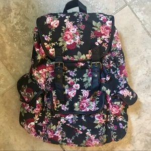 NWOT! Olsenboye Floral Canvas Backpack